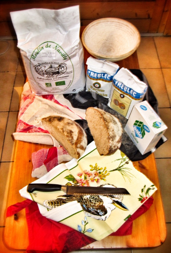 Rye bread, white bread, 5kg white flour, 2kg of buckwheat, Sicilian salt, baneton. oh yes. Bread baby, Bread.